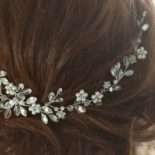How to Choose Bridal Hair Clips?